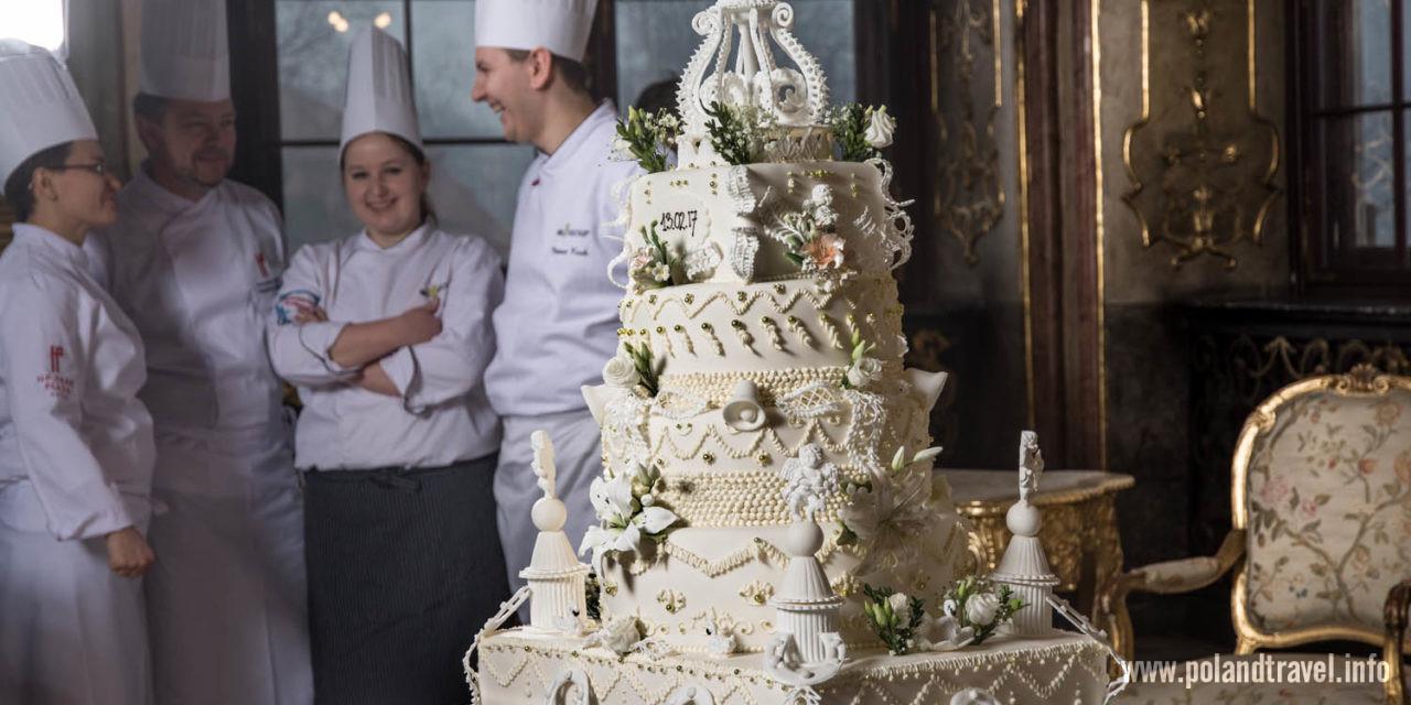 Wiekowy tort